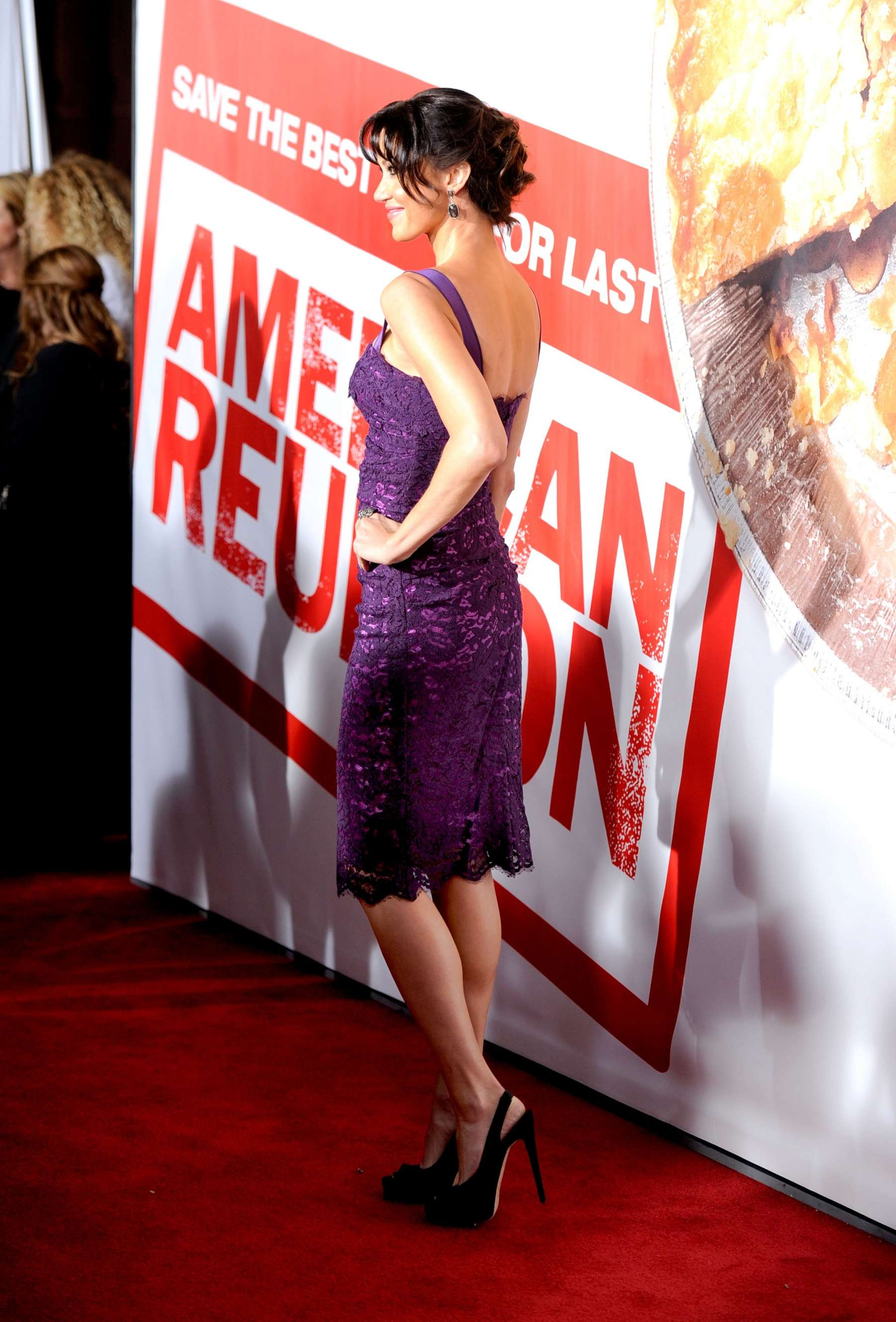 Shannon Elizabeth at American Reunion Premiere in Los Angeles