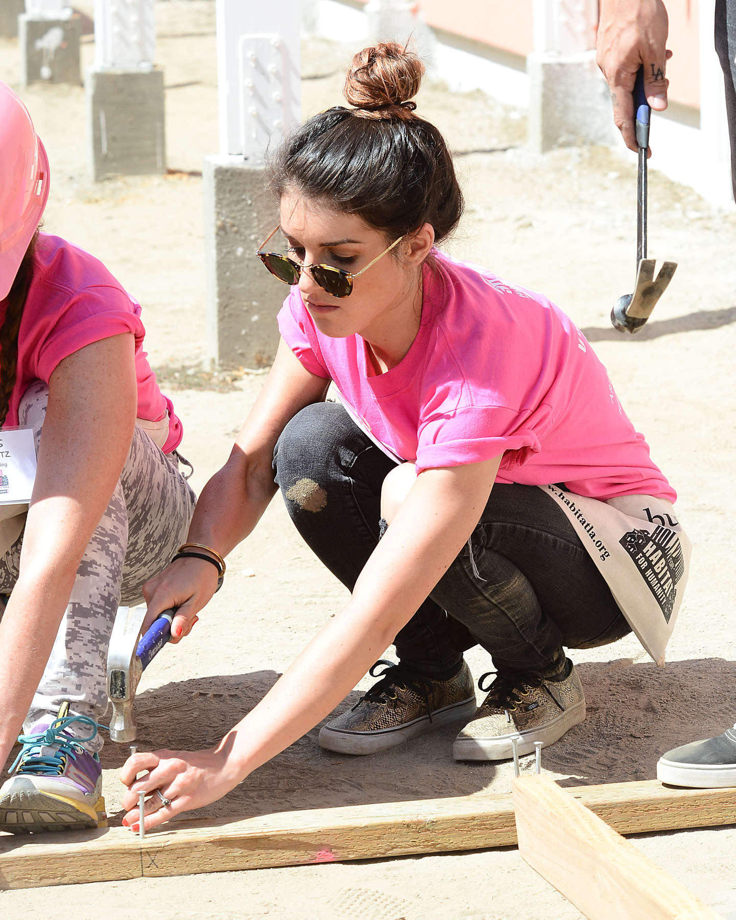 Shenae Grimes at Helps Build Houses for Habitat For Humanity in Compton