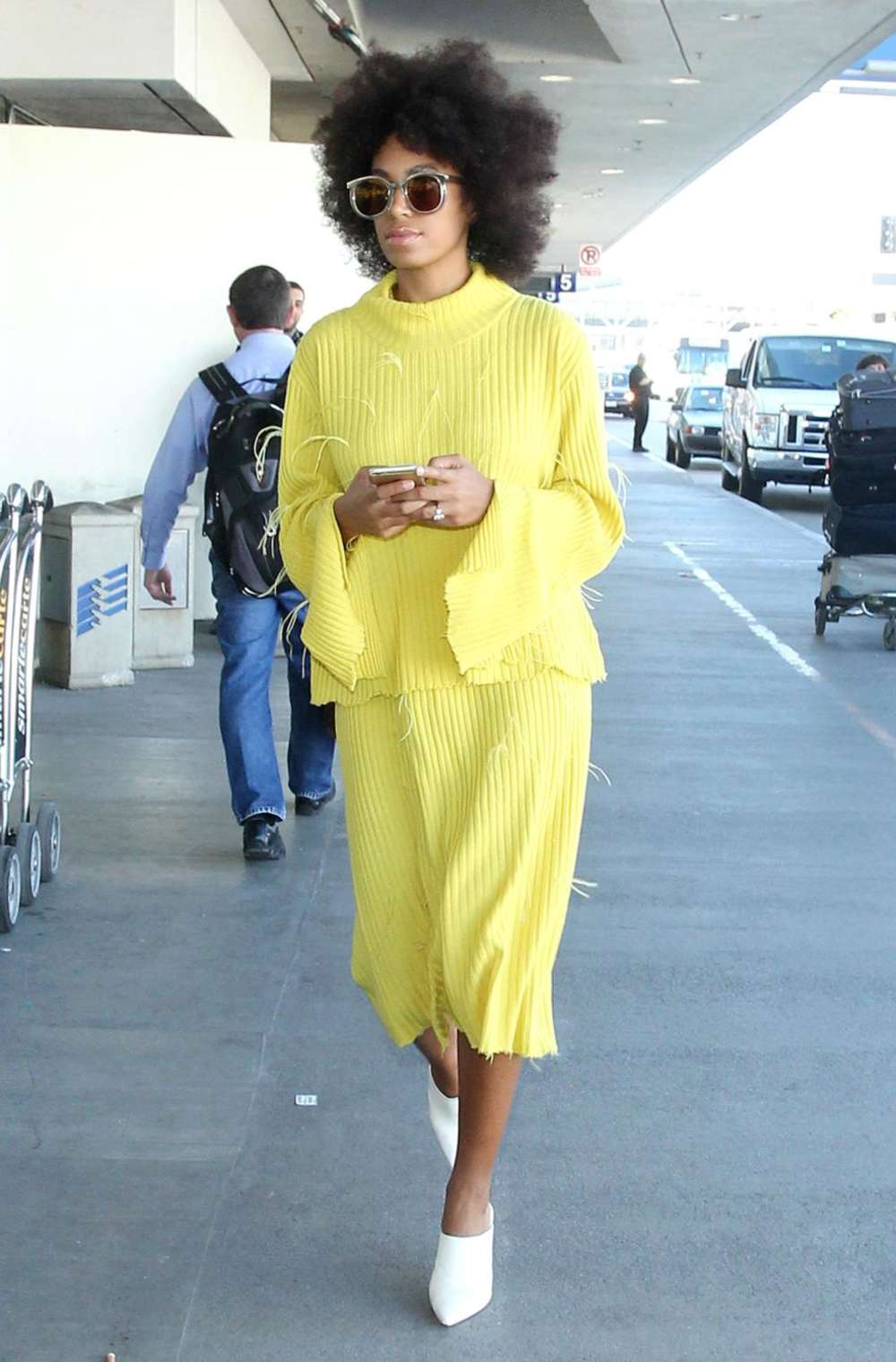 Solange Knowles Arrives at Los Angeles International Airport