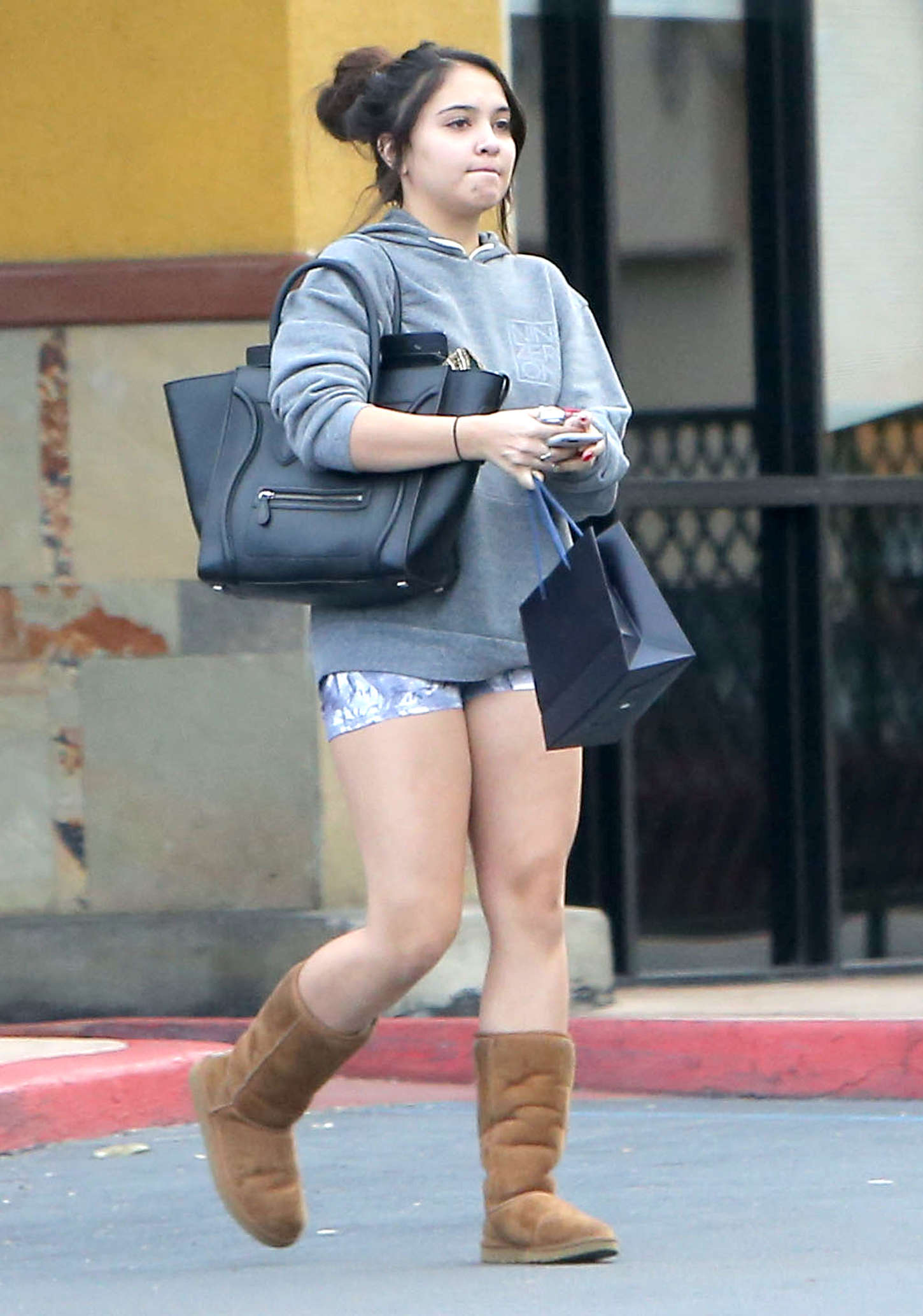 Stella Hudgens Street Style go out in Studio City