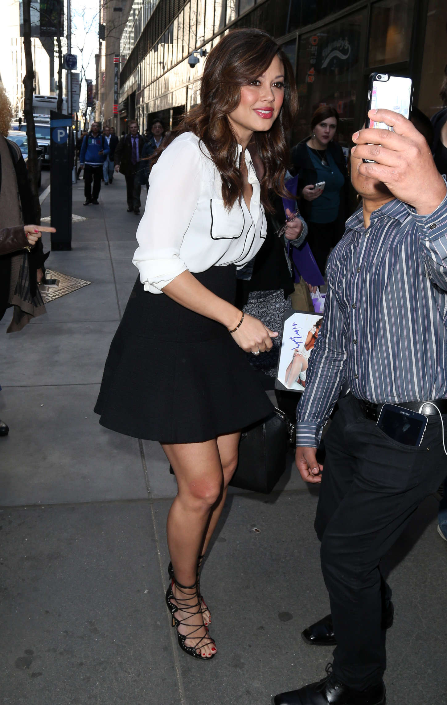 Vanessa Lachey Arriving at Today Show in New York