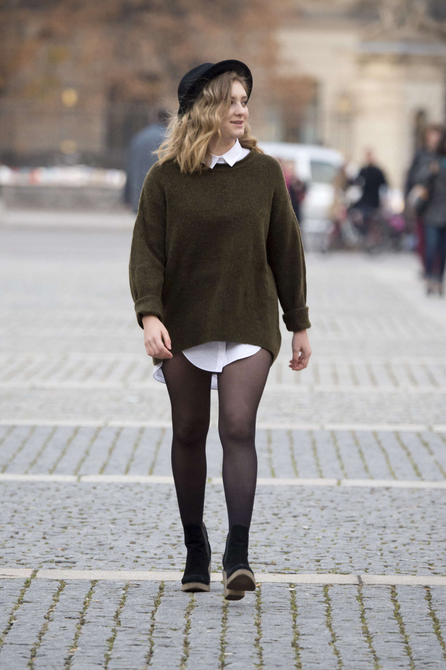 Willow Shields go out in Berlin