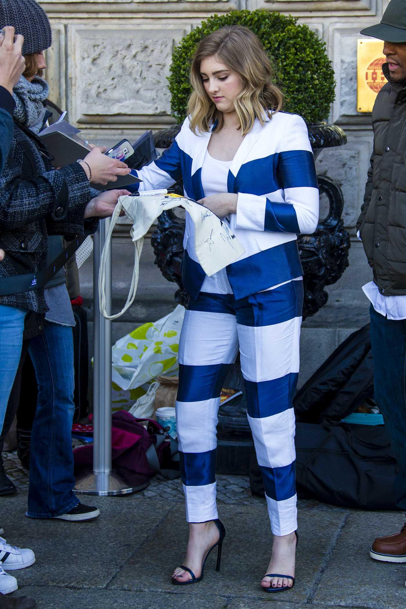 Willow Shields Leaving Hotel Derome in Berlin
