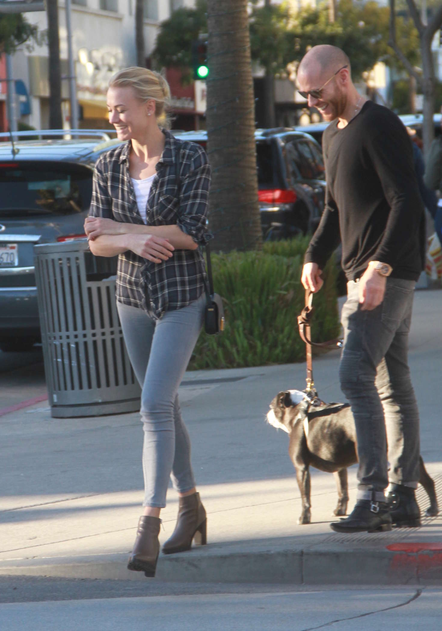 Yvonne Strahovski in Skinny Jeans out in Beverly Hills
